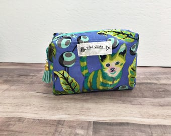 Essential oil storage bag or travel pouch with Tula Pink tabby road fabric 2 sizes for the catlover
