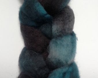 Hand dyed BFL wool roving in teal, gray, and black 2 ounces