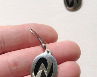 Vintage Alpaca Silver Onyx Dangle  Earrings