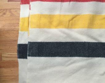 Vintage Faribo Fairbault Woolen Mills Minnesota Wool blanket