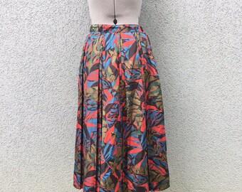 Vintage 70s Pleated High Waisted Print Skirt, Pattern Skirt, Vintage Women's Clothing, 1970s Clothing, Midi Skirt, Size 27
