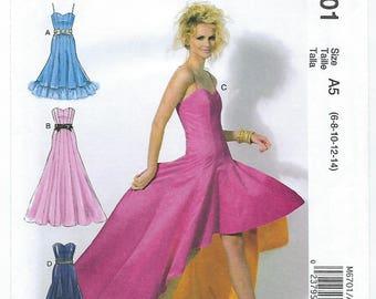 McCalls 6701 (A5) - MISSES Dresses / Sizes 6, 8, 10, 12, 14