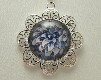 Glass Flower Necklace, Glass Flower Pendant, Glass Photo Jewelry, Glass Photo Necklace, Glass Photo Pendant, Floral Pendant, Vintage Flower