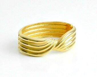 Vintage Gold Tone Clamper Bracelet, Bangle Bracelet, Hinged Bracelet