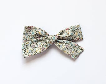 "Oversized Classic Style Bow - Liberty of London Fabric - ""Garden"" - Clip"