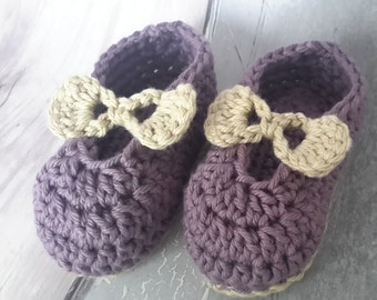 Baby Booties - Cotton baby girl shoes, handmade baby shoes, purple baby shoes, newborn shoes, UK