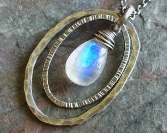 Rainbow Moonstone Hammered Textured Oval Rings Sterling Silver Necklace