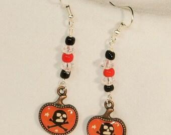 Halloween Charm Skull & Crossbone Earrings