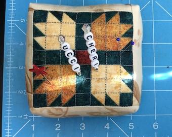 Classic quilt block, Pincushion, Pin cushion, Sewing, Quilting, Sewing Notion,