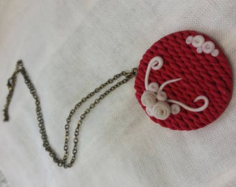 Necklace braided cherry base and Pearl flowers