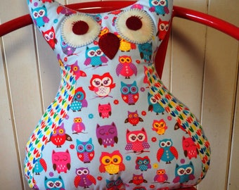 New: Bulk 40x35x10cm approx pillow shape crested OWL-OWL and wing fabric with owls