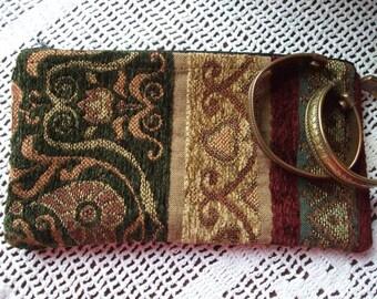 Boho Vintage Look Zipper Pouch