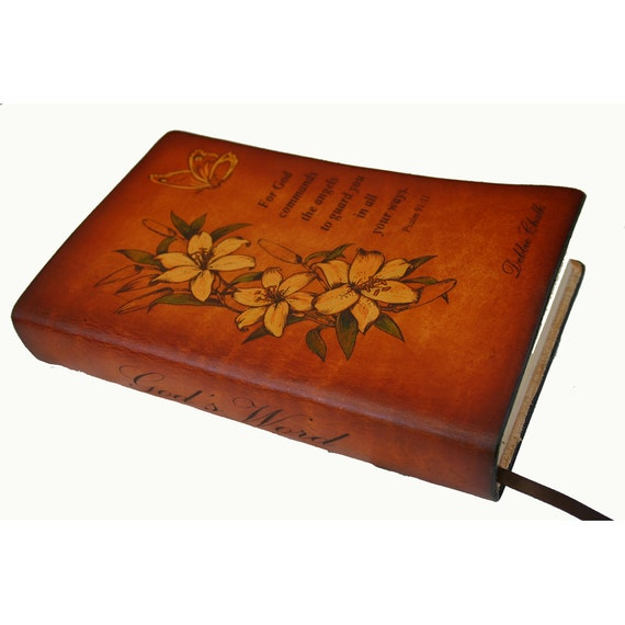 """Personalized Floral Bible """"Mom's Bible"""""""