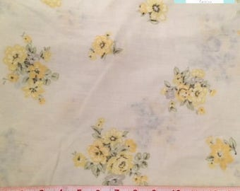 Vintage Twin Fitted Yellow Sheet with Yellow Roses