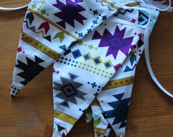 Multicoloured aztec bunting