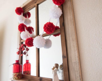 Pom Pom Garland / Super Bulky / Red & White
