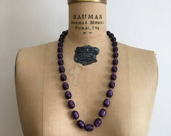 1950s 1960s Purple Moonglow Lucite Bead Necklace 50s 60s