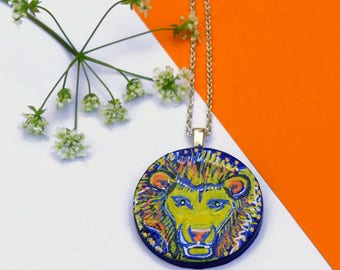 Lion Necklace, Hand Painted Pendant, Painted Jewelry, Handmade Jewellery, Courage Necklace, Leo Jewellery, Nature Necklace, Big Cat Lover