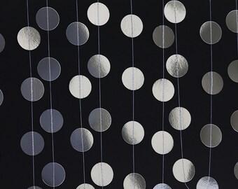 Silver Metallic Paper Circle Garland