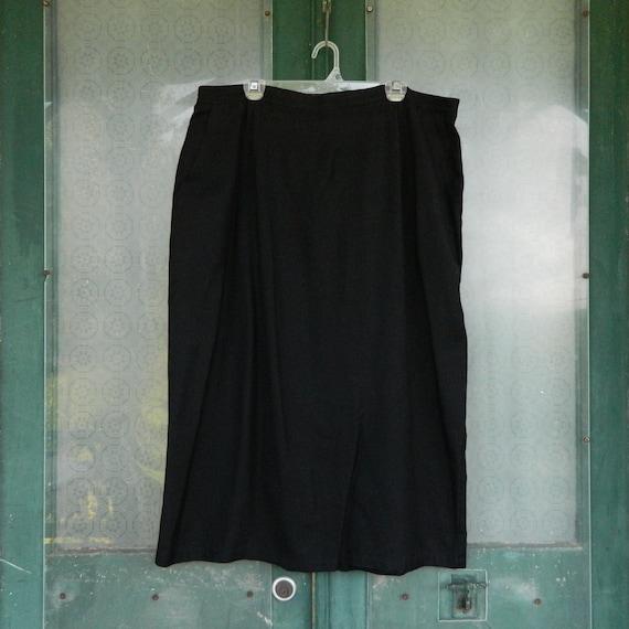 Tamotsu 1980s Straight Skirt -L- Black Rayon/Linen