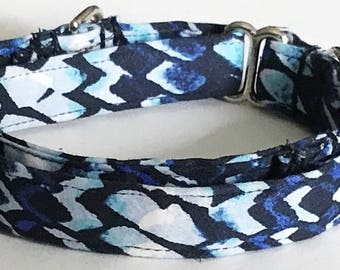 Adjustable Blue Martingale Collar for Male Dogs
