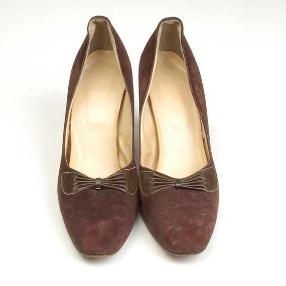 Suede 9 High 8 Pleated Decorative sz Narrow Pumps Brown Shoes 70s Toe Heel Vintage Front Closed Bow q5XUYwf