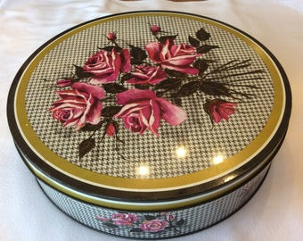 Vintage Huntley and Palmer Ltd cake box cookie tin from England