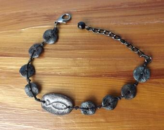 Ceramic fish bracelet, linen bracelet, animal bracelet, fish jewellery, hand-knotted Boho bracelet, festival jewellery, gypsy bracelet