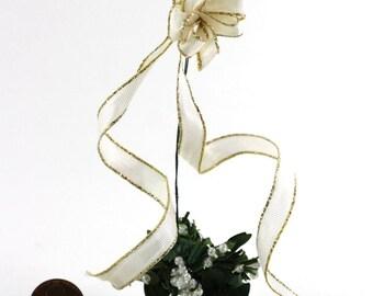 Artisan Christmas Hanging Mistletoe