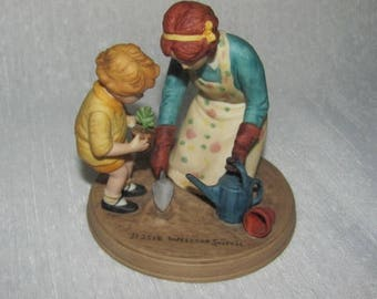 "Handpainted "" Helping Mom"" figurine by Jessie Wilcox Smith"