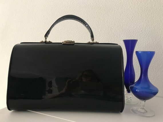 Vintage beautycase   Vintage patent leatherette hand bag   Extraordinary hand bag   black beautycase   Special hand bag   Rare vintage bag