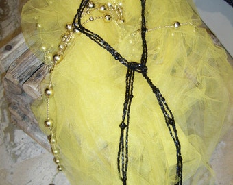 Collier de perles «l'art du recyclage»