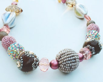 pink mocha glass beaded necklace