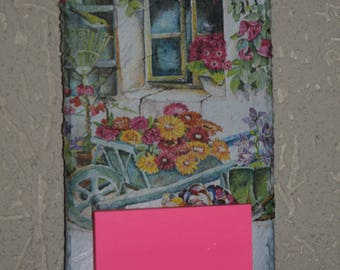 memo slate decorated: floral wheelbarrow