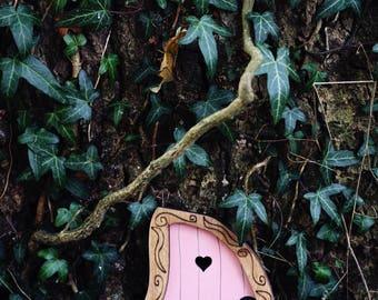 Fairy Door 'Nanda' in Pink - Pink Fairy door - Fairy door for tree - Miniature door - Fairy garden - Fairytale door - Tooth Fairy door