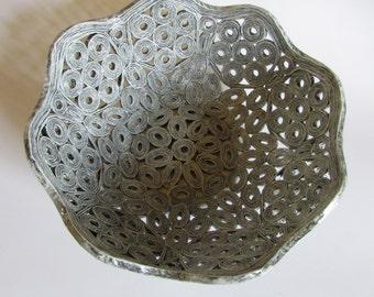 Basket, bowl, recycled magazine catalog, unikat, eco friendly, upcycling, interior decor, 1st anniversary gift