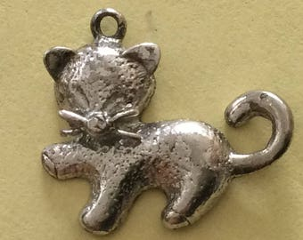 Sterling silver charm vintage #266 s