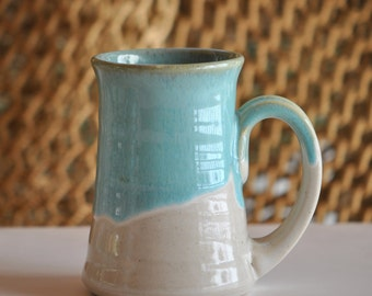 Pottery Mug in Turquoise 10 ounce