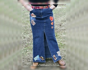 Upcycled AnnTaylor Denim Applique Skirt, Recycled Redesigned Women maxi Jean Skirt, OOAK Refashioned Festival Skirt, Hippie Skirt, Size 6 P