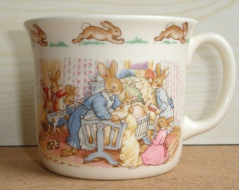 Vintage Bunnykins Christening Mug (CT78) Baby In Crib One Handle Hug-A-Mug Royal Doulton