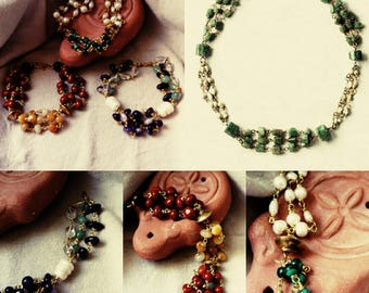 Antiquis Hortum. Bracelets of antique inspiration in stones and pearls.