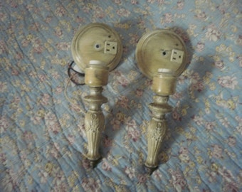 Antique Victorian style Wall Sconce light fixtures, Underwriters Laboratories, brass type casting Hollywood Regency Mid Century