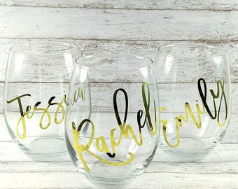 Personalized Wine Glasses//Customized Stemless Wine Glass//Bridesmaid Gift//Bridal Party Gift//Wedding Gift//Gift For Her//Mother's Day Gift