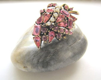 Vintage Hollycraft Brooch Pink Rhinestone 1950 Costume Jewelry from AllieEtCie