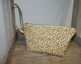 Clutch beige and gold small heart
