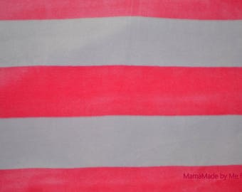 """Light gray and neon pink baby velvet quality """"Petit Bateau"""""""