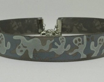 Gray Ghastly Ghosts Choker