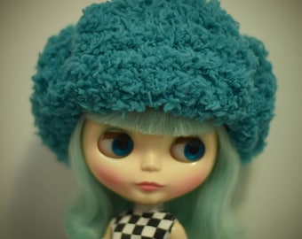 Outfit for Blythe doll hat out of wool