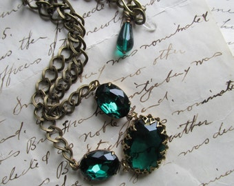 green Statement Necklace, emerald necklace, Jane Austen necklace, Downton Abbey necklace, Downton Abbey jewelry, Emerald necklace.