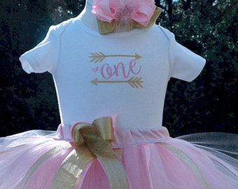 First birthday outfit,Baby Girl 1st Birthday,Pink and Gold 1st Birthday Outfit,1st Birthday tutu outfit,wild one tutu set,cake smash tutu